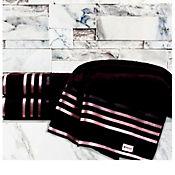 Toalla jaquard lumina 86 x 150 cm negra