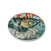 Plato Pando de 31 cm Mujer Perseguida por Pájaros Colección Grau