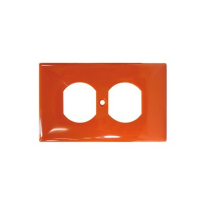 Placa toma doble naranja aísla tierra