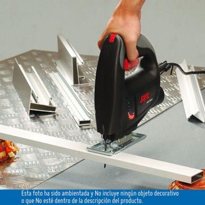 Sierra Caladora 750W 400-3100OPM