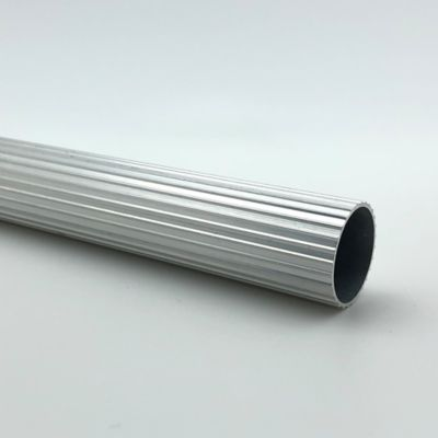 Tubo Ranurado 25 mm x 250 cm Cromado