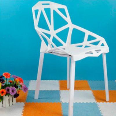 Silla Triangulo 57.5x54.5x80 Blanco