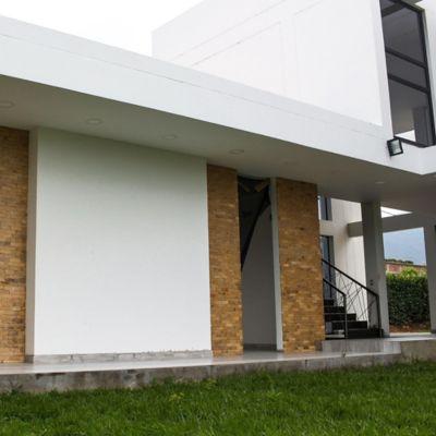 Piso Piedra Natural Oro Narciso 10x20cm Caja X 1 M2