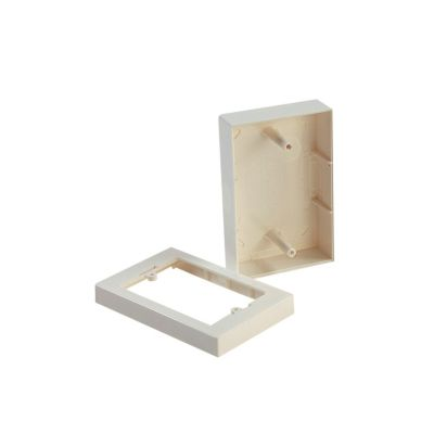 Caja universal plástica para canaleta