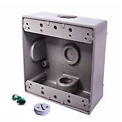Caja Aluminio 2400 - Cuadrada 2 Salidas de 1/2 Pulg X 12 Unds