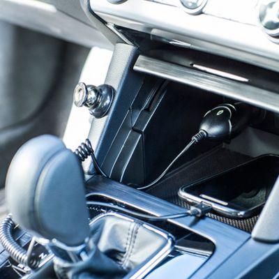 Cables, Cargadores y Porta Celulares para Carro