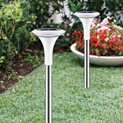Lámparas Solares y Luces para Jardín